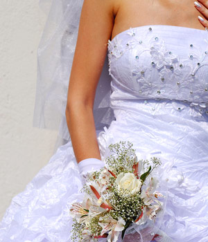 Pittsburgh wedding gown alterations